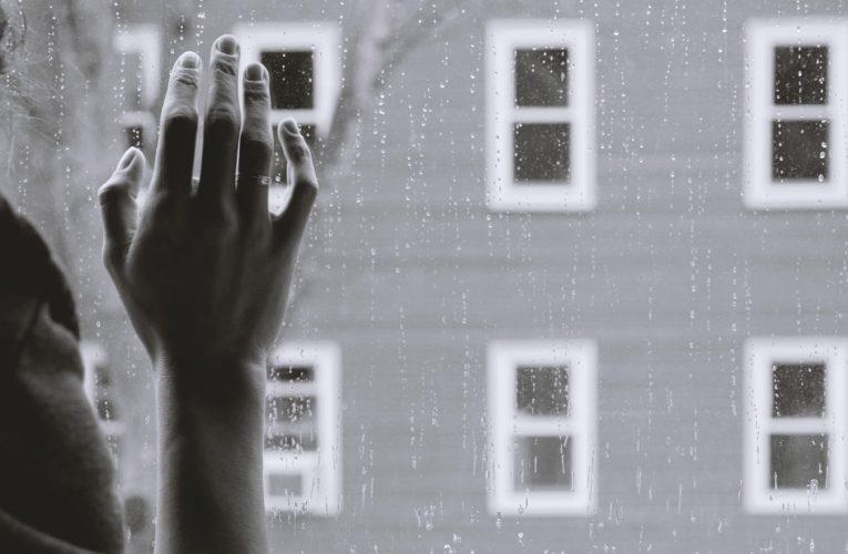 Odnawiamy mieszkanie – jak dobrze dobrać farbę do ścian?