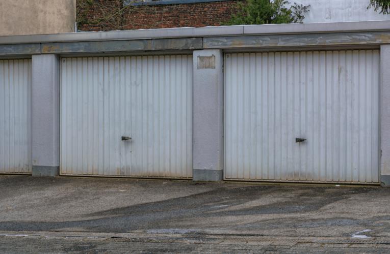 Ocieplenie garażu blaszanego pianą PUR – czy warto to zrobić?